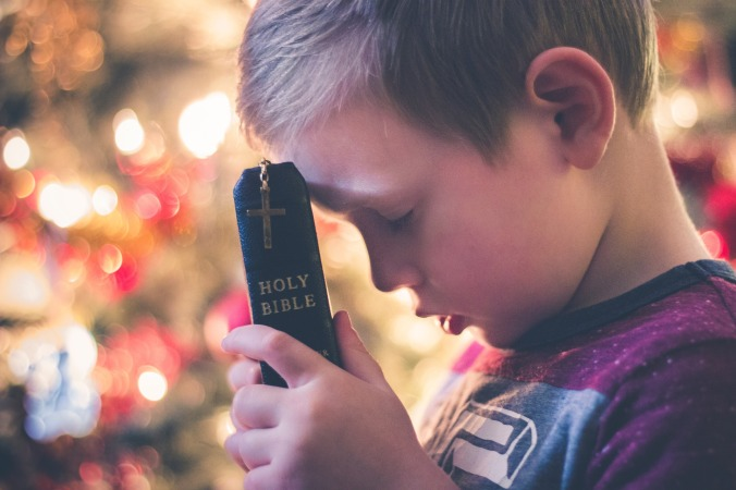 Boy-Bible-Prayer