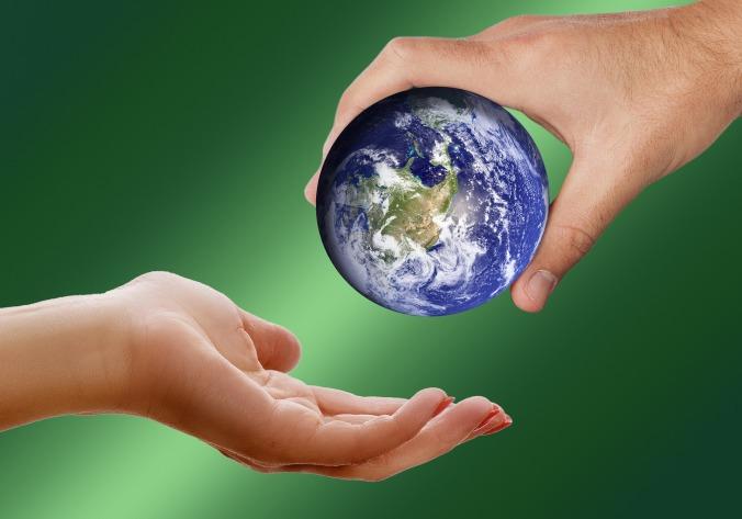 Globe Give